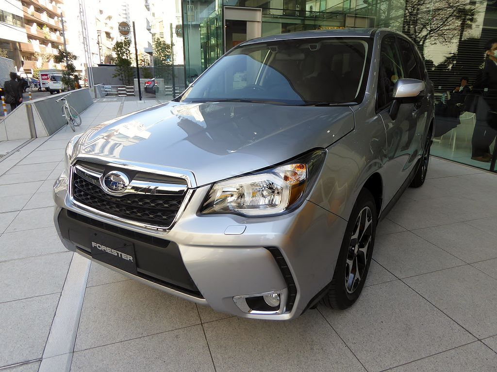 Subaru_FORESTER_S-Limited_(DBA-SJ5)_front