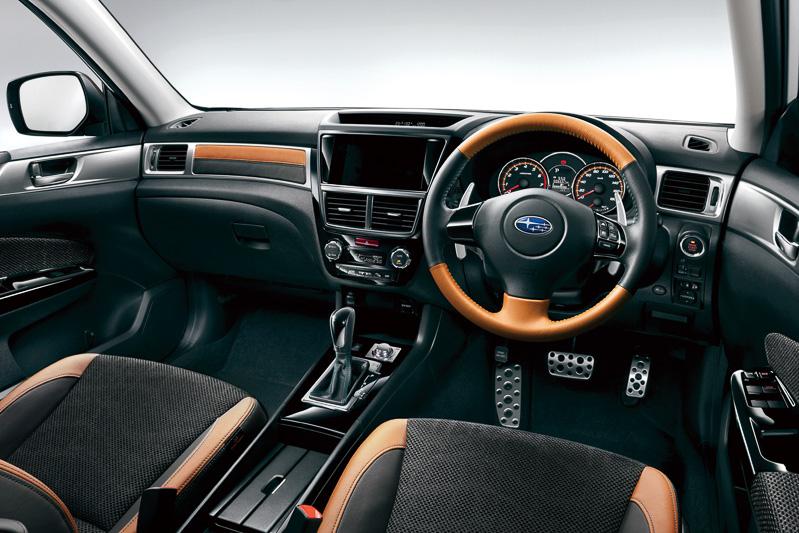 スバル エクシーガクロスオーバー7の内装
