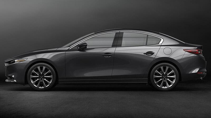 新型Mazda3セダンの外観